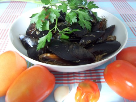 Spaghetti with mussels ingredients